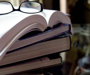 Read Voraciously